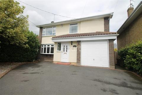 3 bedroom detached house to rent - Galleywood Road, Chelmsford