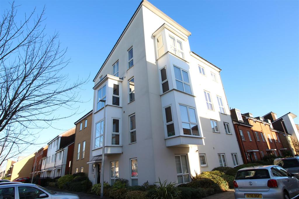 1 Bedroom Apartment Flat for sale in Gweal Avenue, Kennet Island, Reading