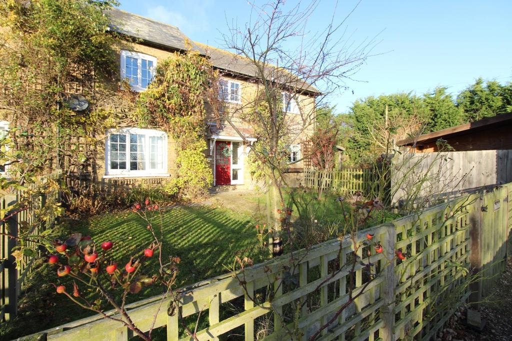 4 Bedrooms Semi Detached House for sale in Langley Farm Cottages, Langley Green, Feering, Colchester, Essex, CO5