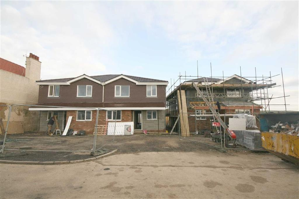 5 Bedrooms Detached House for sale in Southview Road, Peacehaven