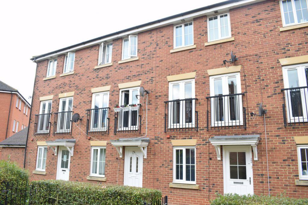 5 Bedrooms Town House for sale in Dragon Road, Hatfield, AL10