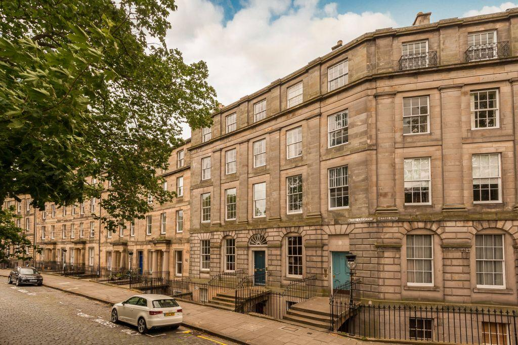 1 Bedroom Flat for sale in 22c Royal Crescent, Edinburgh, EH3 6QA