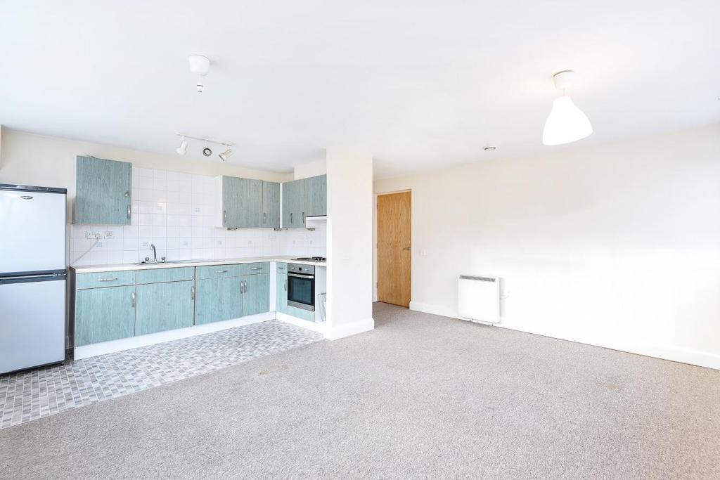 1 Bedroom Flat for sale in Hanger Green, Ealing