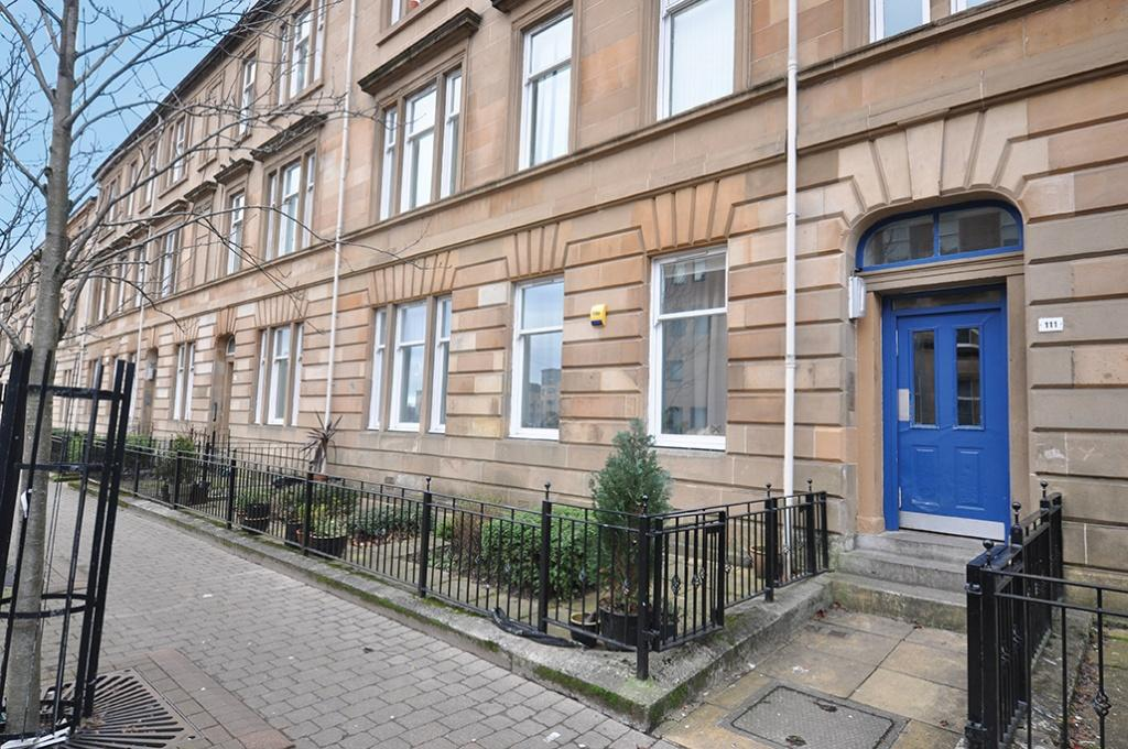 2 Bedrooms Flat for sale in 0/1 111 McCulloch Street, Pollokshields, G41 1NT