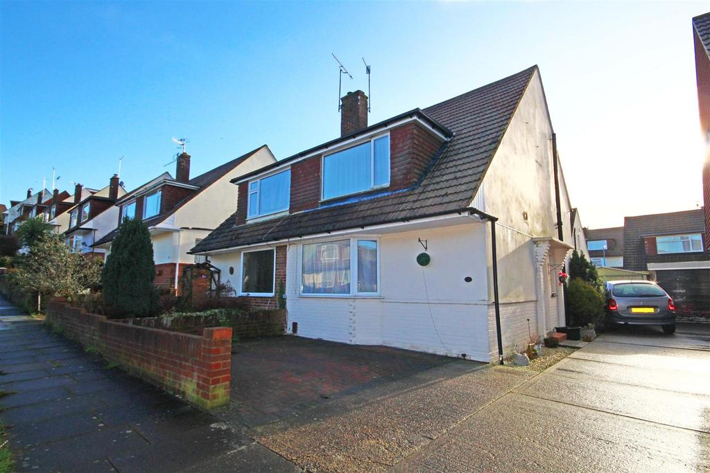 3 Bedrooms Semi Detached House for rent in Overdown Rise, Portslade, Brighton