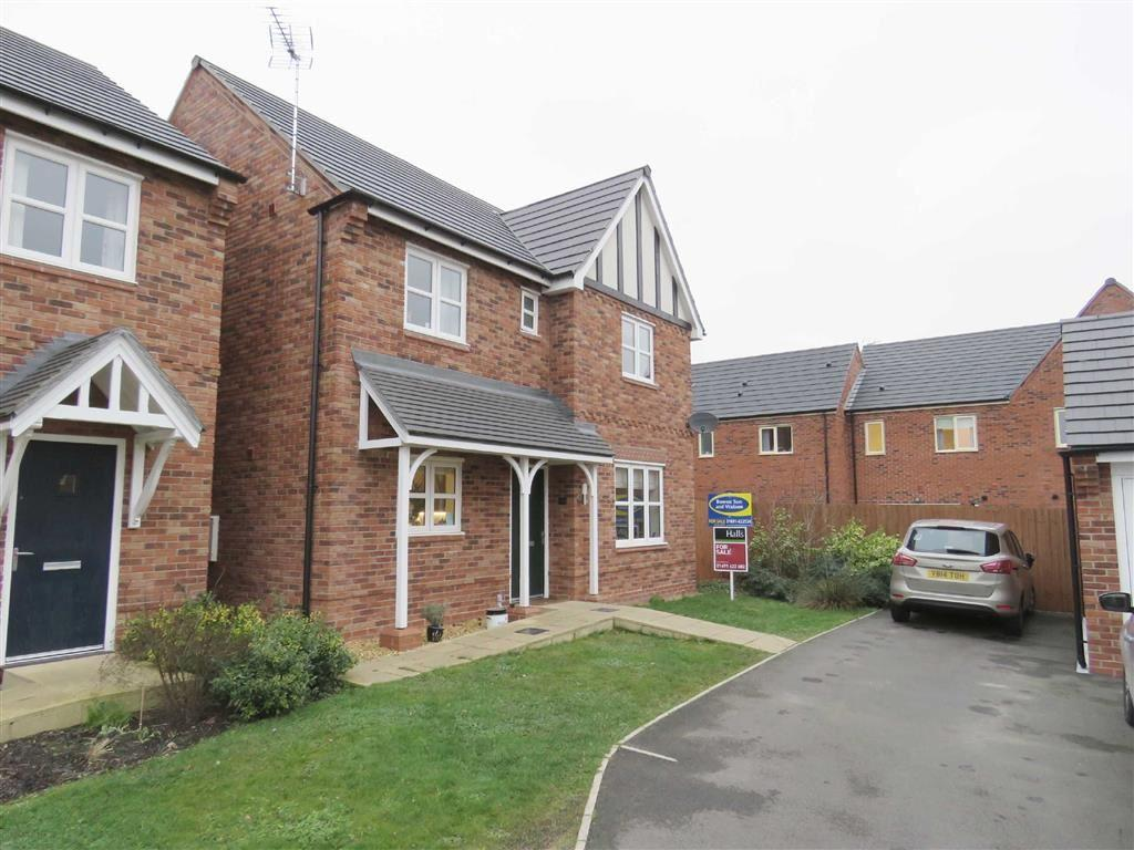 4 Bedrooms Detached House for sale in Telford Avenue, Ellesmere, SY12