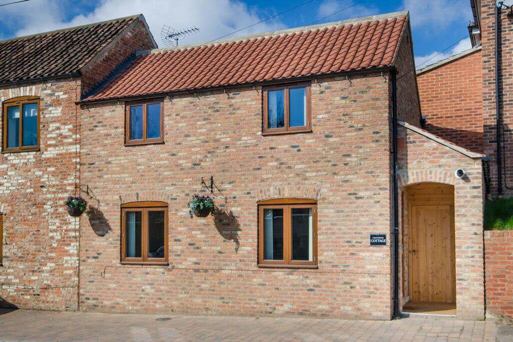 2 Bedrooms Semi Detached House for sale in Milby, Boroughbridge