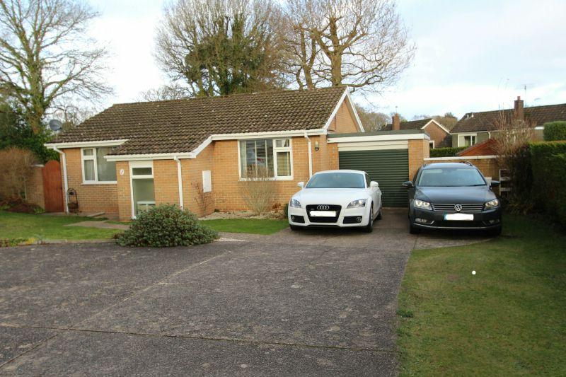 2 Bedrooms Detached Bungalow for sale in PERRYS GARDENS, WEST HILL