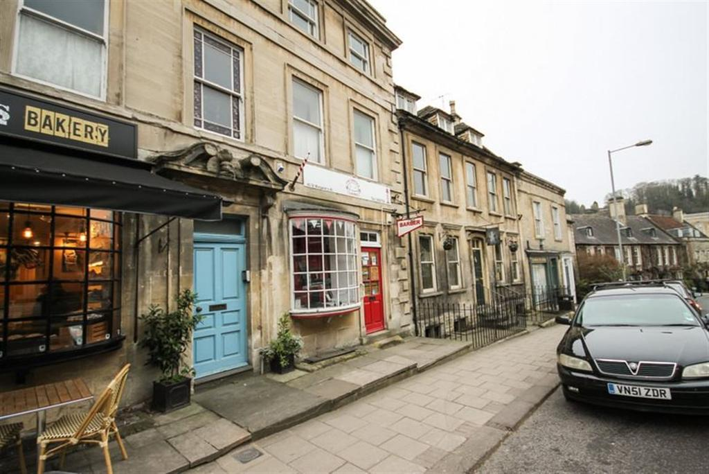 2 Bedrooms Flat for rent in Bradford on Avon