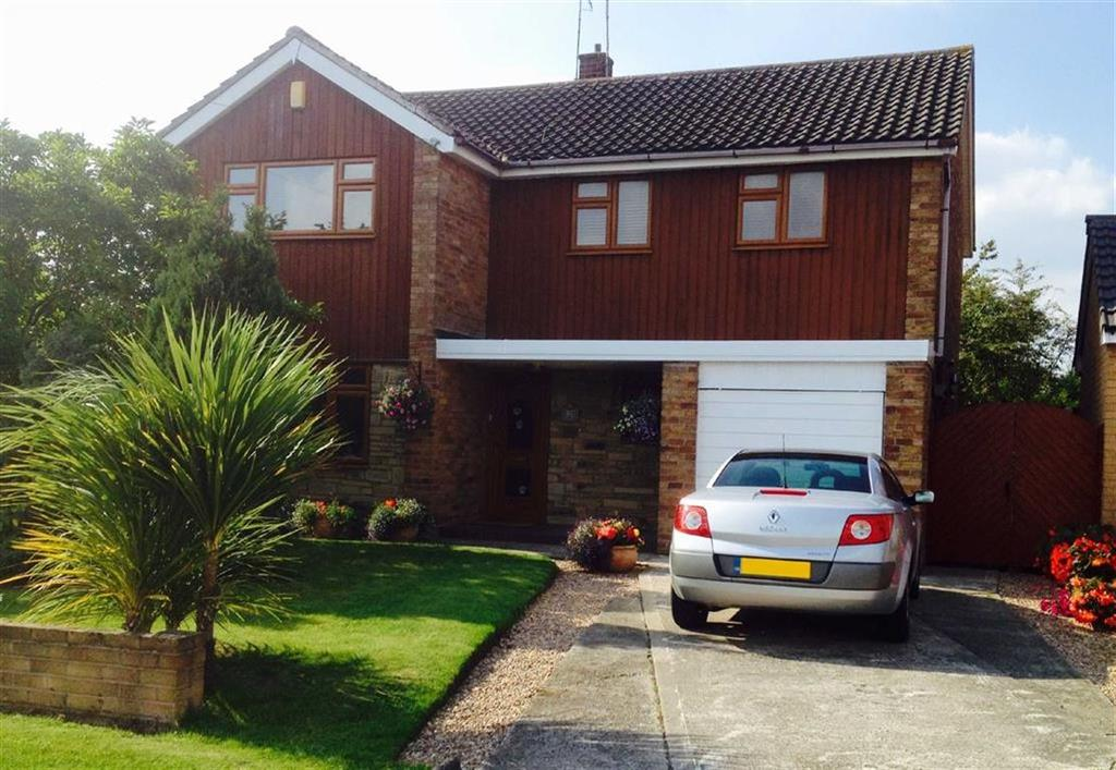 4 Bedrooms Detached House for sale in Green Lane, Vicars Cross, Chester
