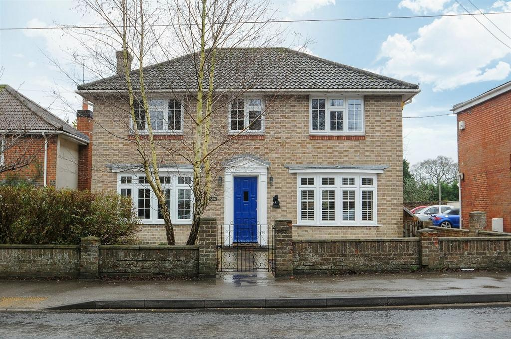 4 Bedrooms Detached House for sale in Main Road, Otterbourne, Winchester, Hampshire