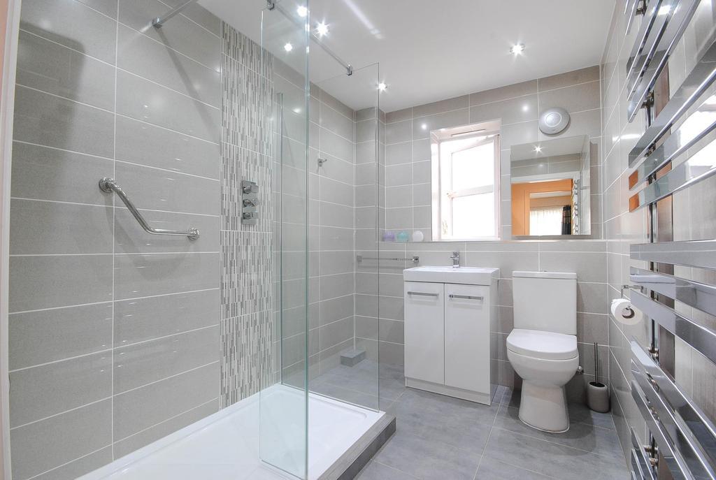 2 Bedrooms Apartment Flat for rent in Herons Wharf, Appley Bridge, Wigan, WN6 9ET