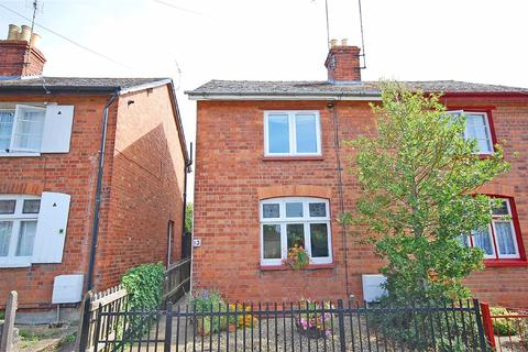 2 bedroom semi-detached house to rent - Pumphreys Road, Charlton Kings, Cheltenham