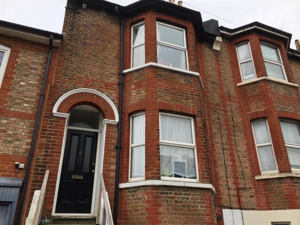 6 Bedrooms Terraced House for rent in Brading Road, Brighton