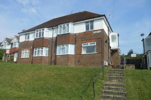 3 bedroom flat to rent - Hillside Way, Bevendean, Brighton