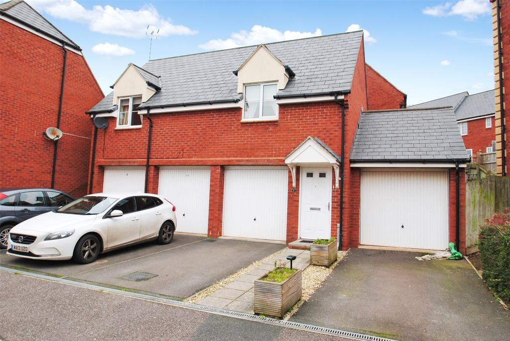 2 Bedrooms Apartment Flat for sale in Rogers Walk, Cotford St. Luke