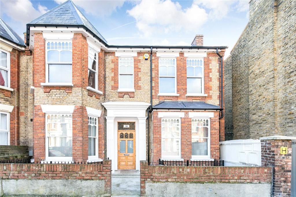 3 Bedrooms Flat for rent in Northwold Road, London, E5