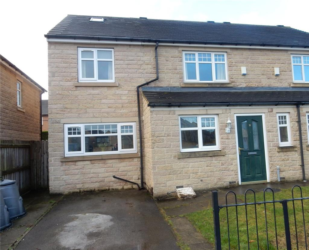 3 Bedrooms Semi Detached House for sale in Oxley Road, Bradley, Huddersfield, HD2