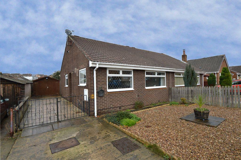 2 Bedrooms Semi Detached Bungalow for sale in Ebor Mount, Kippax, Leeds, West Yorkshire