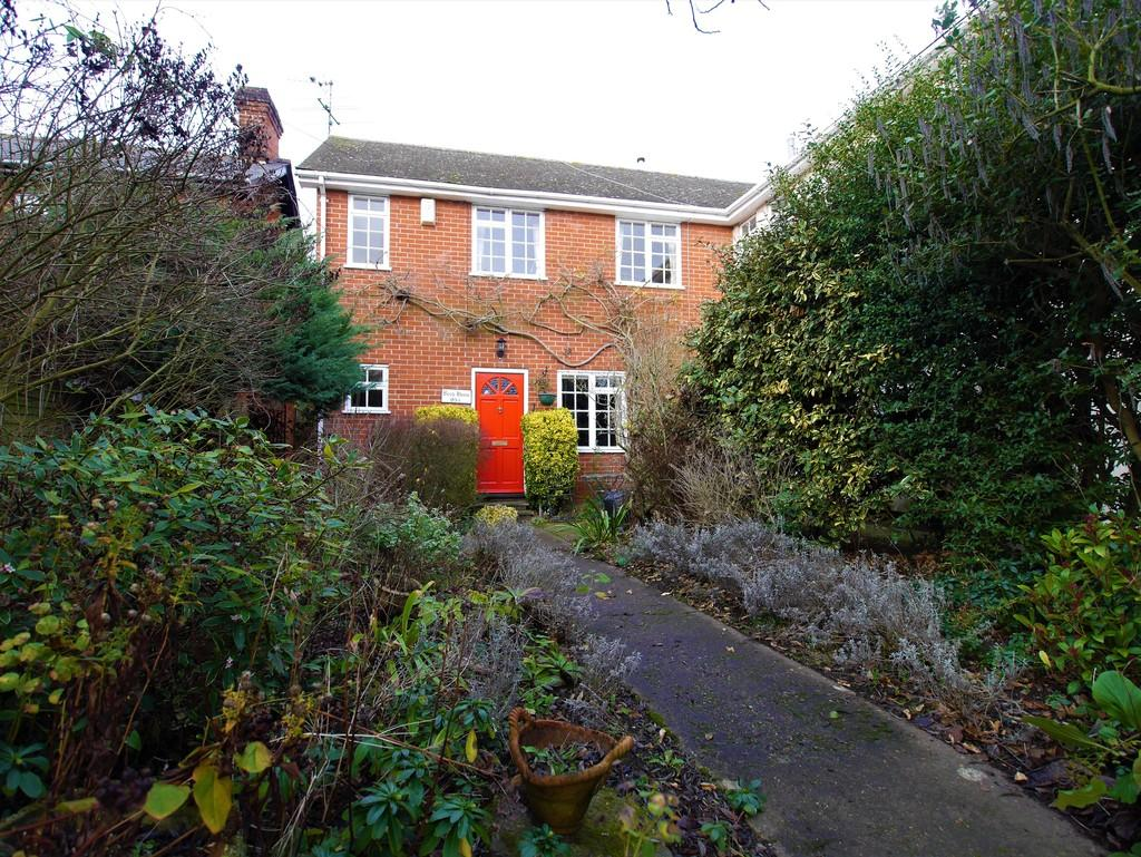 3 Bedrooms Semi Detached House for sale in 93a Angel Street, Hadleigh, Ipswich, Suffolk, IP7 5EY