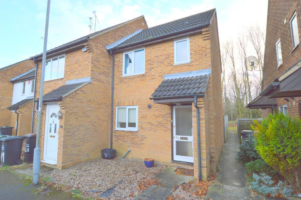 2 Bedrooms End Of Terrace House for sale in Lucas Gardens, Luton, LU3 4BG