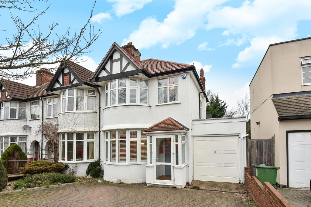 3 Bedrooms End Of Terrace House for sale in Woodside Avenue BR7