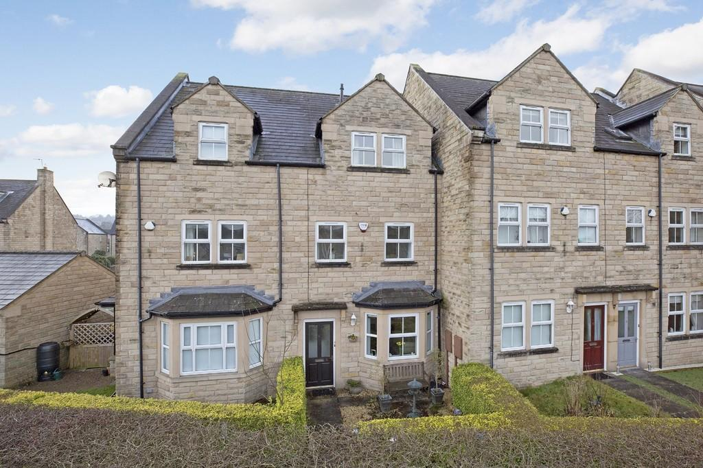 3 Bedrooms Town House for sale in Wellfield Lane, Burley In Wharfedale