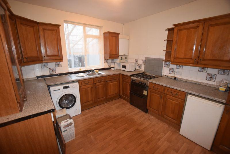 3 Bedrooms Terraced House for sale in Sandy Hill Road, Woolwich, SE18 7AZ
