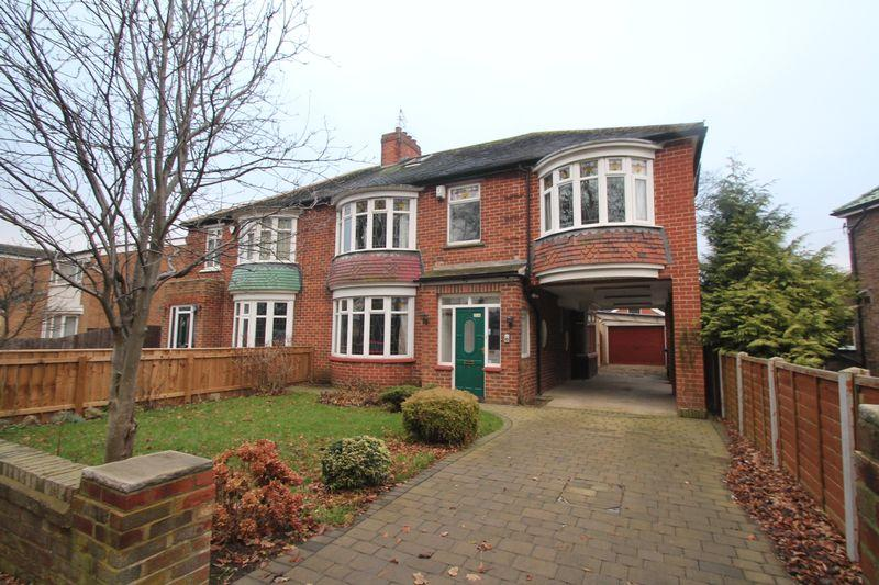 5 Bedrooms Semi Detached House for rent in Hall Drive, Middlesbrough