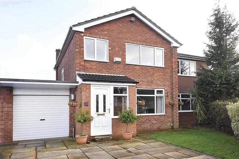 4 Bedrooms Link Detached House for sale in Summerfield Road, Mobberley