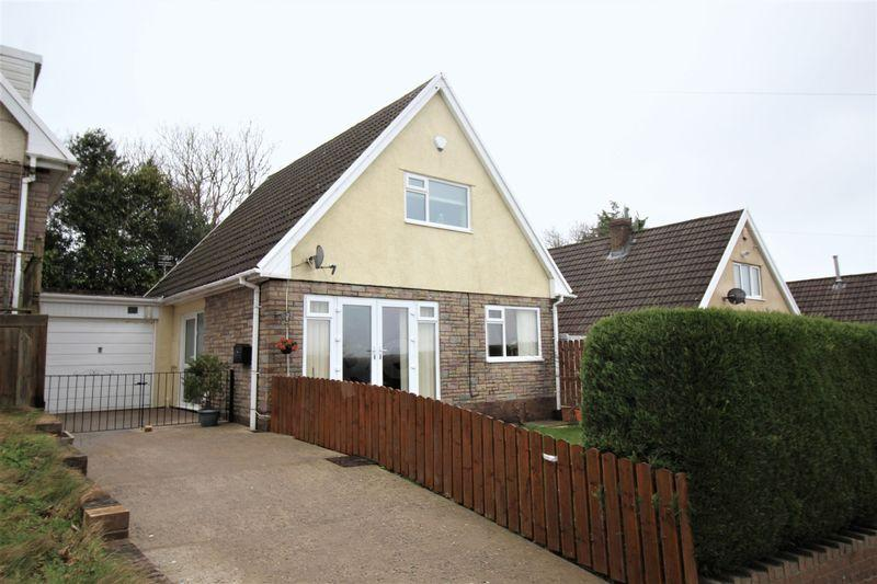 3 Bedrooms Detached House for sale in Cotswold Way, Risca, Newport