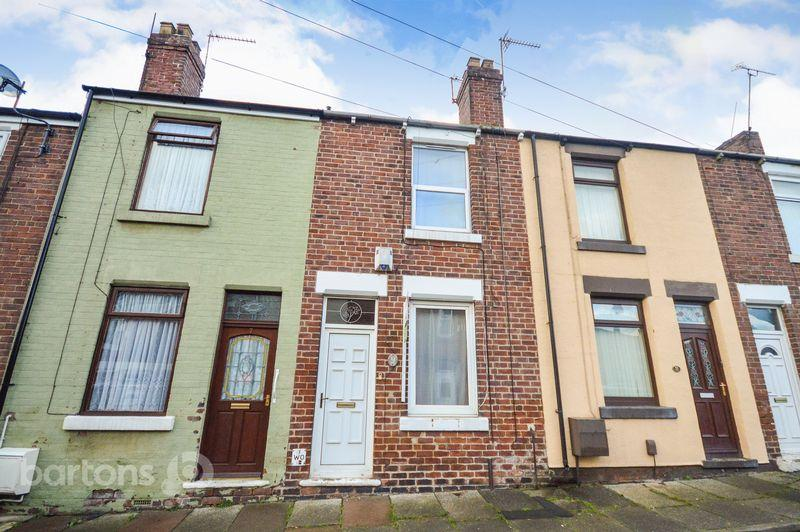 2 Bedrooms Terraced House for sale in Prince Street, Swinton