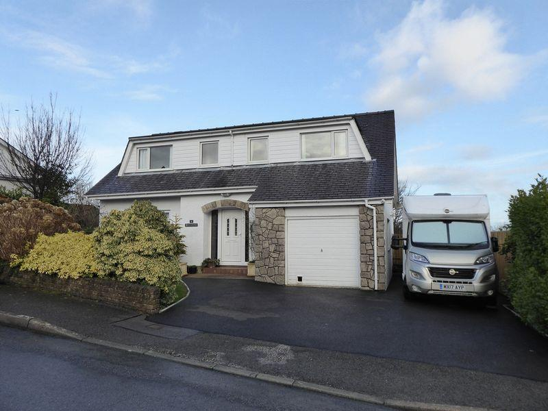 4 Bedrooms Detached House for sale in Tregarth