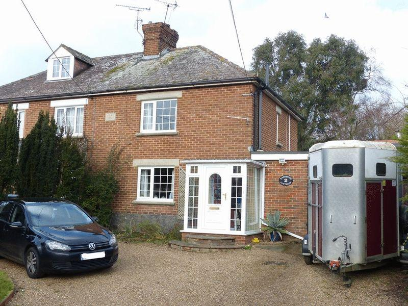 2 Bedrooms Semi Detached House for sale in Eastwood Road, Ulcombe