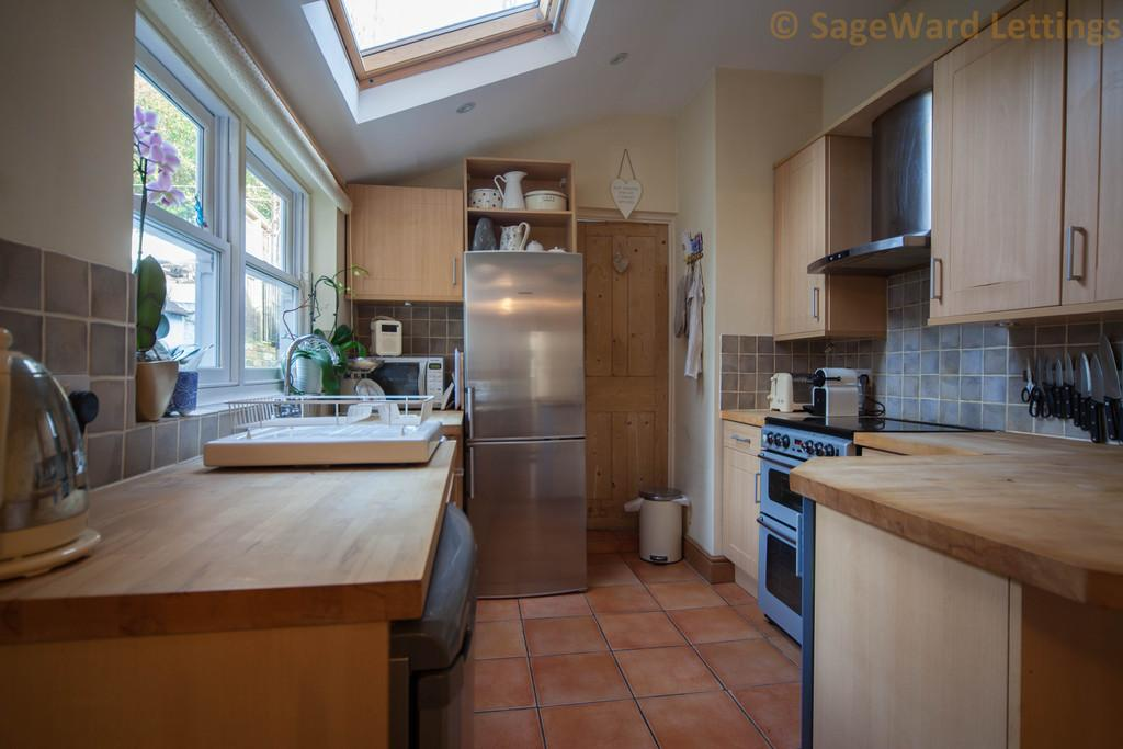 Wellington Street Hertford 3 Bed Terraced House To Rent