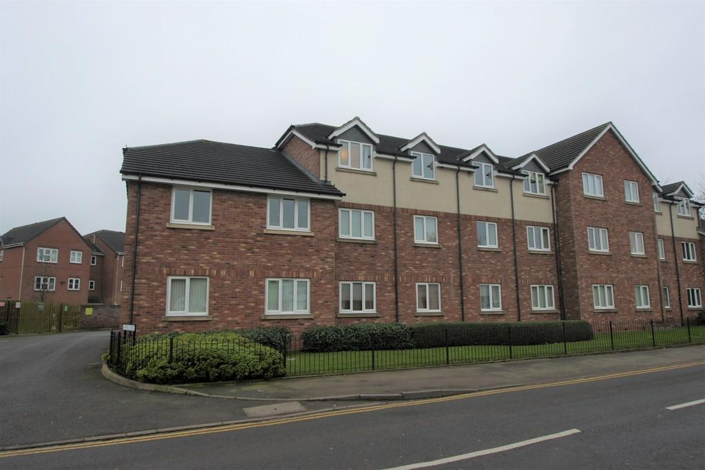 2 Bedrooms Apartment Flat for sale in Harpers Court, Heath Hayes