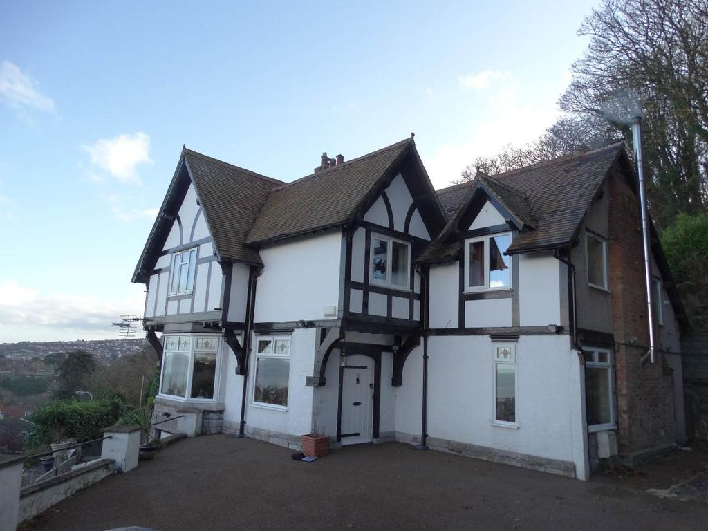 4 Bedrooms Detached House for sale in Sunnyside Old Highway, Colwyn Bay, LL29 7RG