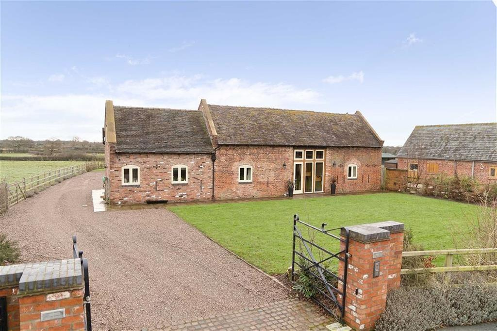 3 Bedrooms Barn Conversion Character Property for sale in Northwood, Nr Wem, SY4
