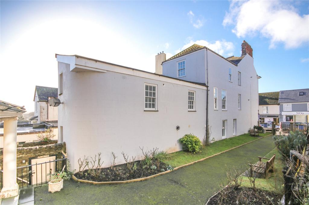 2 Bedrooms Apartment Flat for sale in Fore Street, Kingsbridge, Devon, TQ7