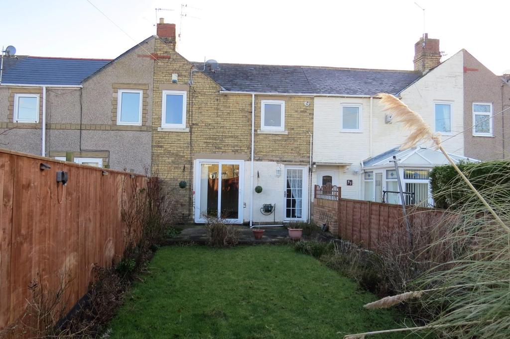 2 Bedrooms Terraced House for sale in Chester Square, Lynemouth