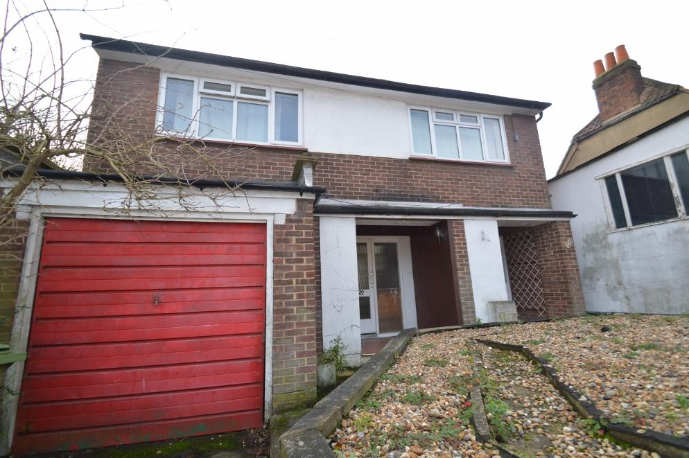 2 Bedrooms Maisonette Flat for sale in Kingsdale Road, Plumstead, London SE18