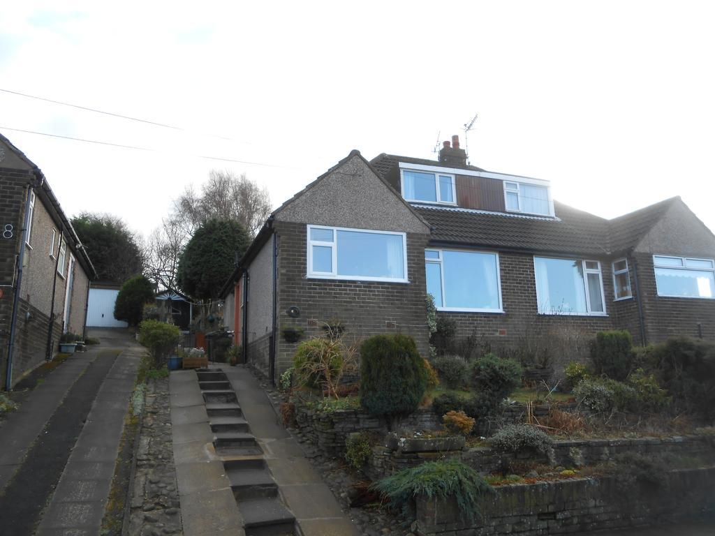 3 Bedrooms Semi Detached House for sale in Manor House Road, Wilsden BD15