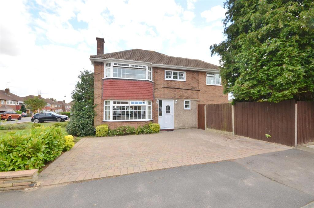 4 Bedrooms Semi Detached House for sale in Ravenbank Road, Putteridge