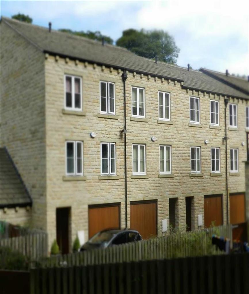 4 Bedrooms Town House for sale in Wildspur Mills, New Mill, Holmfirth, HD9