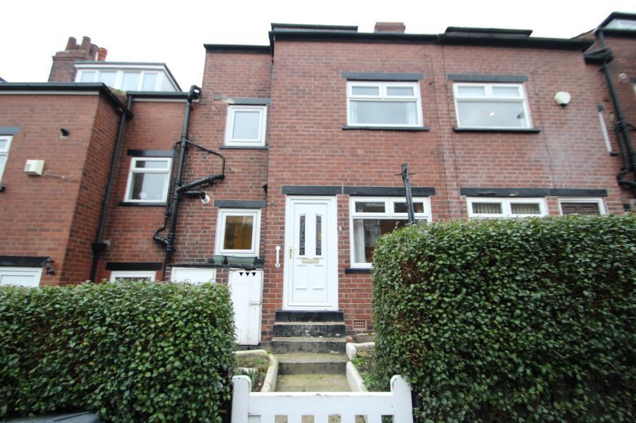 3 Bedrooms Terraced House for sale in ARGIE ROAD, LEEDS, LS4 2RD