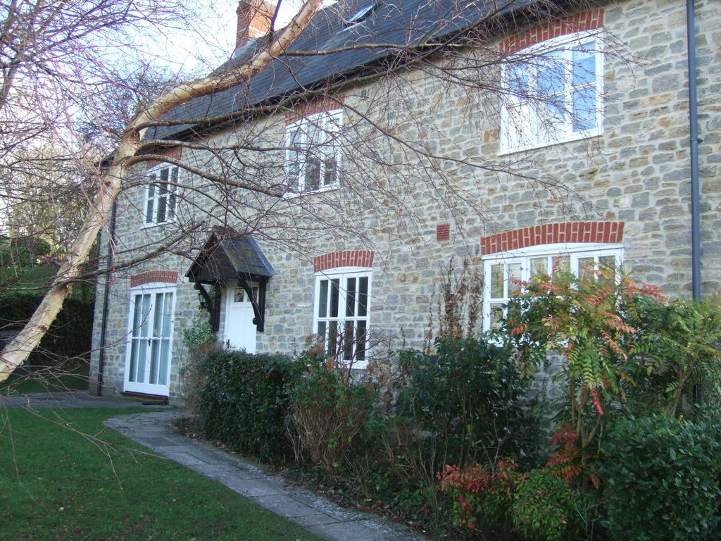 5 Bedrooms Detached House for rent in Quarry Lane, Bothenhampton, Bridport DT6