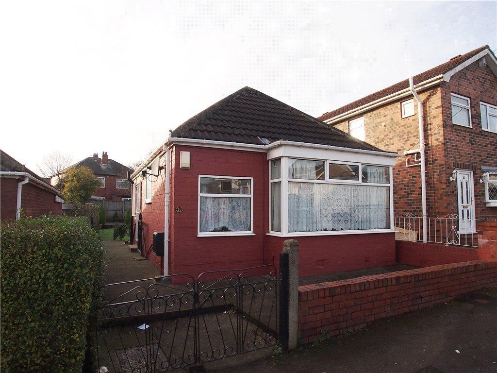 1 Bedroom Detached Bungalow for sale in Tyas Grove, Leeds