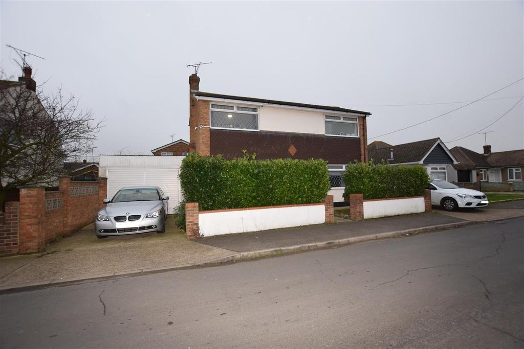 2 Bedrooms Detached House for sale in Maurice Road, Canvey Island