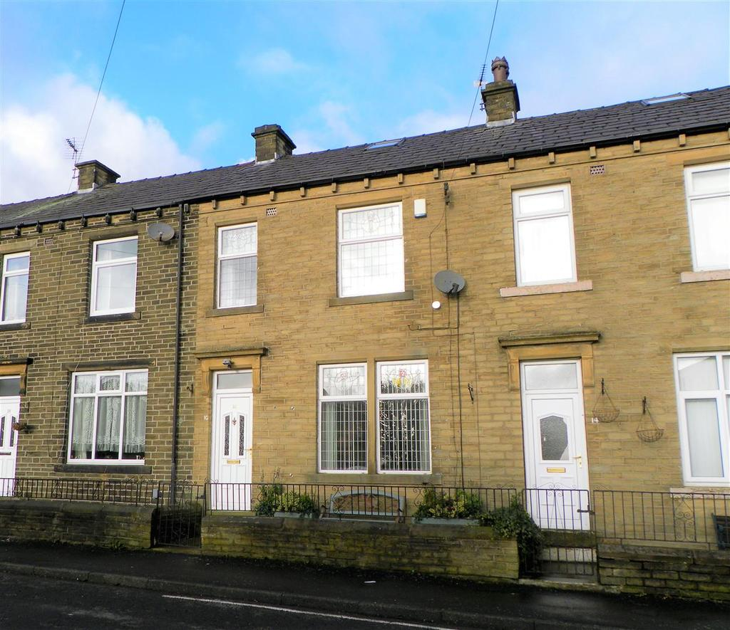 3 Bedrooms Terraced House for sale in Thorncroft Road, Wibsey, Bradford, BD6 3EP