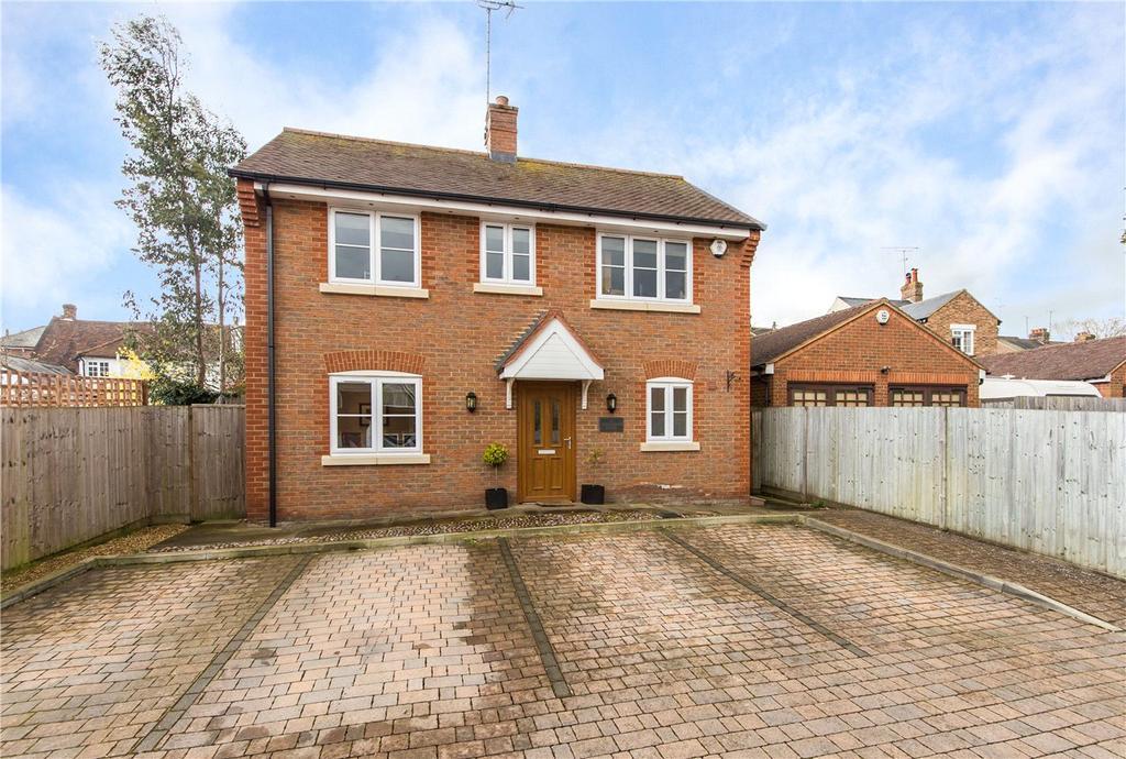 3 Bedrooms Detached House for rent in Fullerton Close, Markyate, St. Albans, Hertfordshire